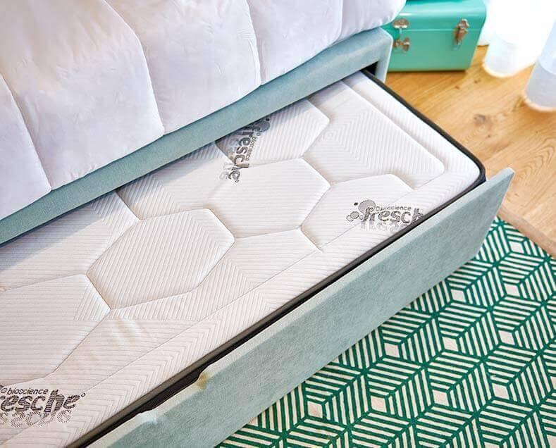 Detalle cama nido abierta
