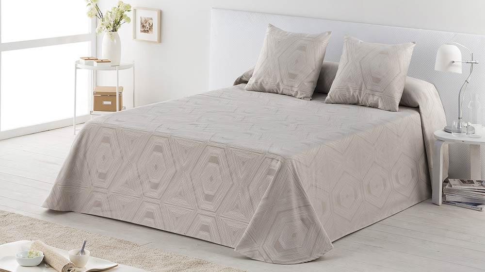 Colchas baratas de algodón para vestir tu cama en Maxcolchon