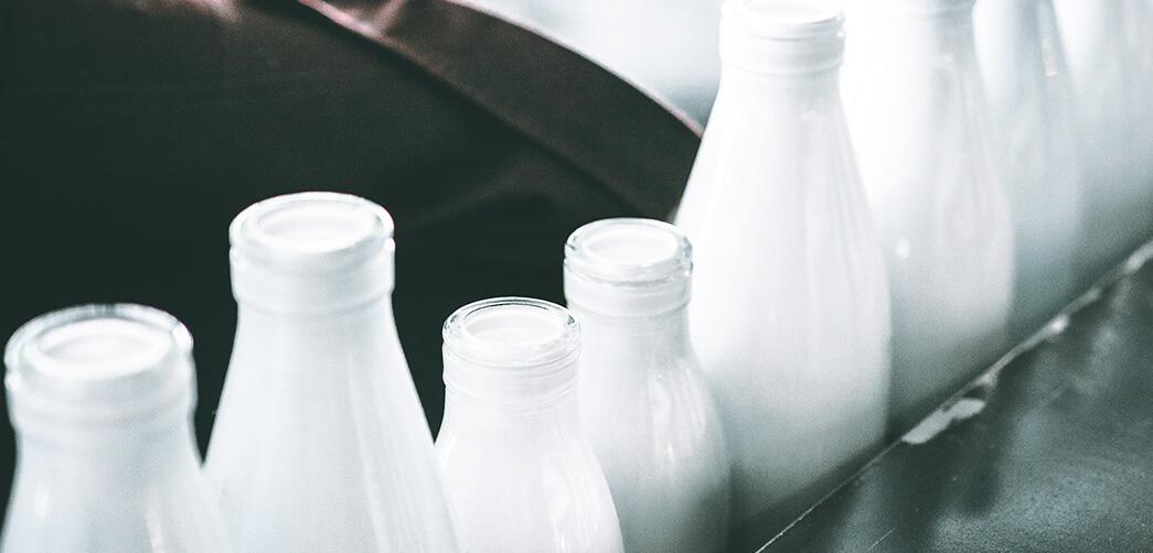 ¿Por qué es buena la leche para antes de ir a dormir?
